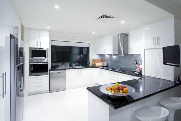 Hi gloss white kitchen